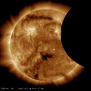 Солнечное затмение SDO 21.02.2012